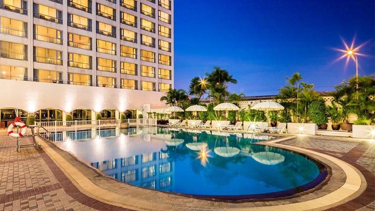 هتل بانکوک پالاس بانکوک