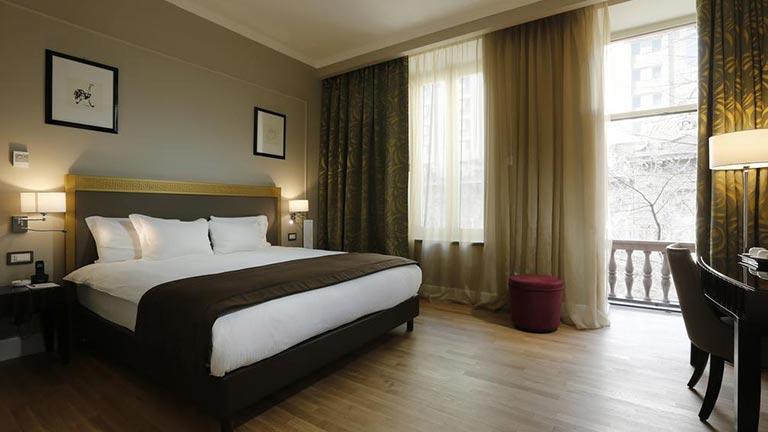 هتل گرند ایروان ارمنستان (گلدن تولیپ سابق)