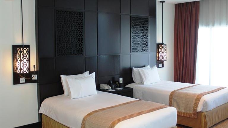 هتل هالیدیاین البرشا دبی