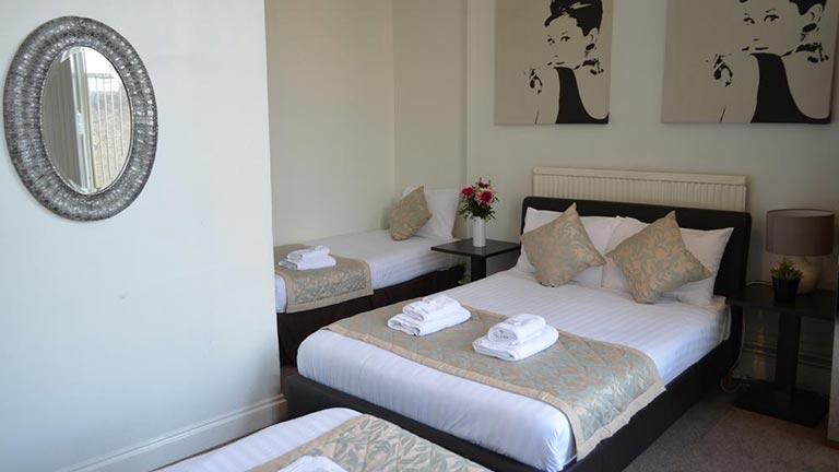 هتل لکسهام گاردنز لندن