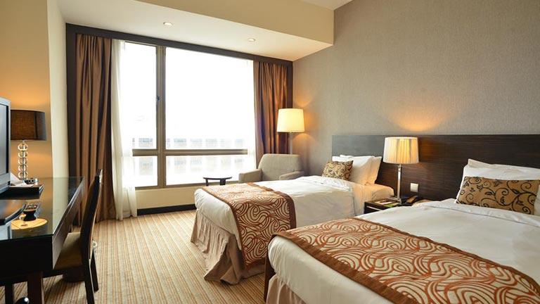 هتل پنیسولا سنگاپور