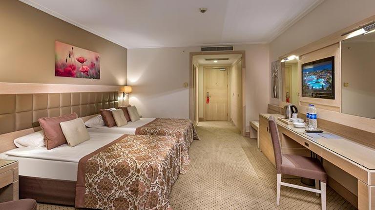 هتل میراکل ریزورت آنتالیا
