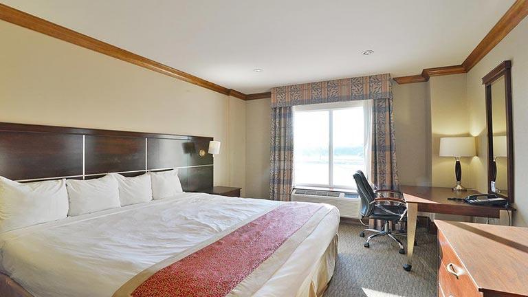هتل وودباین تورنتو
