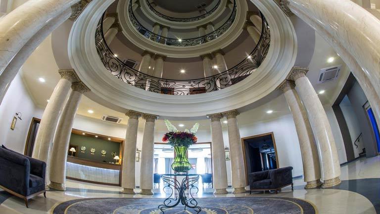 هتل آستوری تفلیس