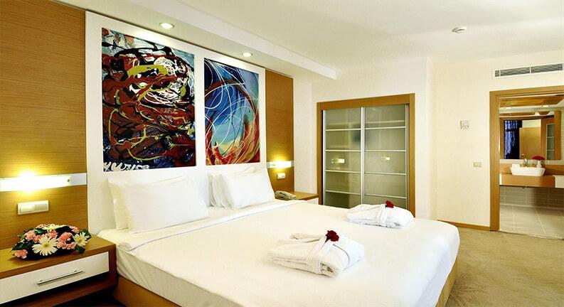 اتاق های هتل آداکوله