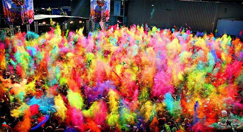 فستیوال رنگ تفلیس