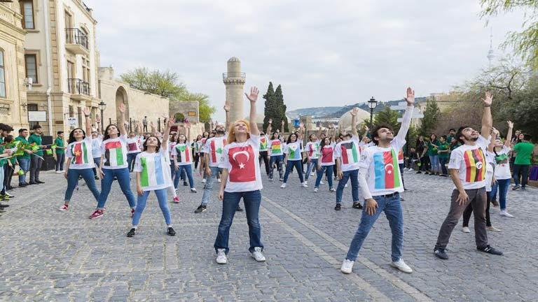 سفر هیجان انگیز به آذربایجان در تابستان