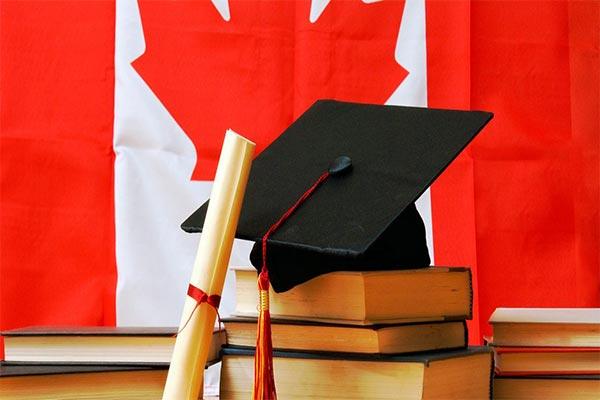 تبدیل ویزای توریستی کانادا به ویزای کاری و تحصیلی