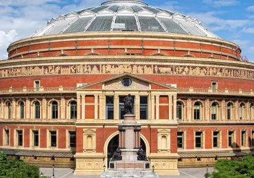 موزه آلبرت هال در مثلث طلایی هند