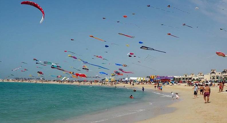 ساحل بادبادک های دبی