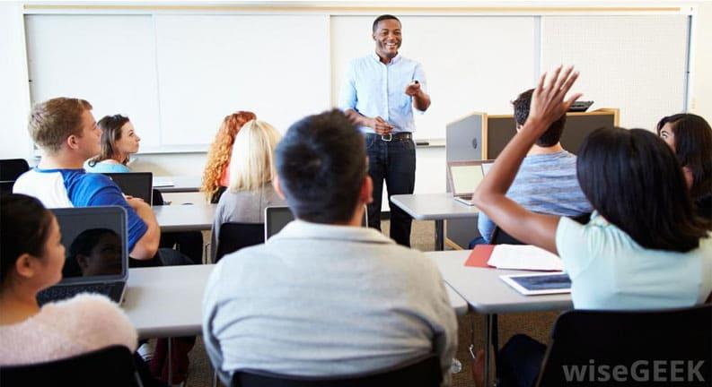 دستیارآموزشی،-دستیار-علمی-و-کارهای-آکادمیک