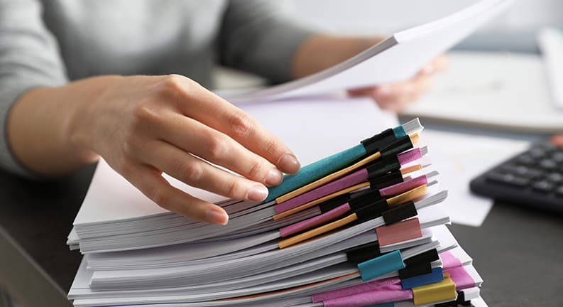 مدارک لازم برای دریافت ویزای اقامت لهستان